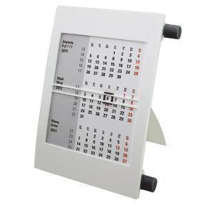 Календарь настольный на 2 года белый с черным